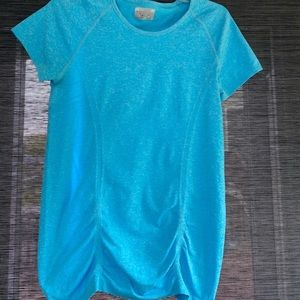 Athleta Blue Scrunched Fitted Workout Top• Medium